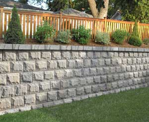 Retaining Wall Planter - AB Fieldstone Collection